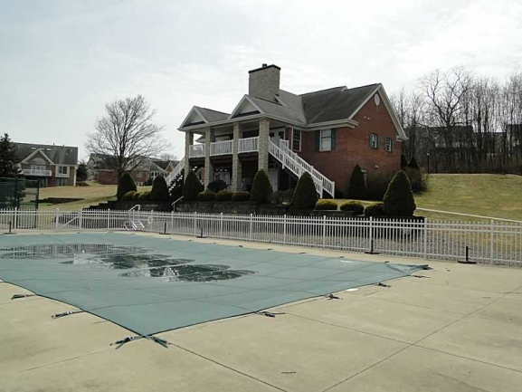 Clubhouse/Pool