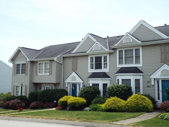 Meadowbrook Heights - Townhouse Community in Lovely Washington County Close to The Meadows Racetrack