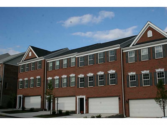 Highpointe II - Second Phase Townhomes