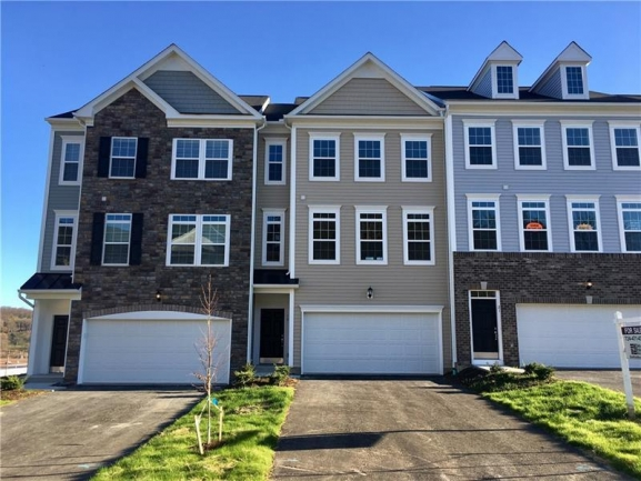 New Luxury Townhouses at Arden Farms in Washington, PA