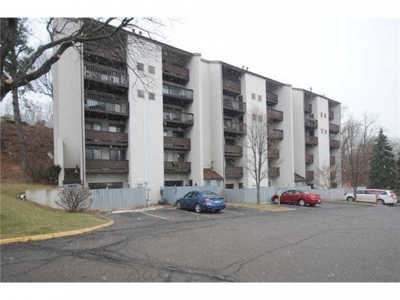 Swallow Hill Place Condominiums are just 7 miles from Downtown Pittsburgh