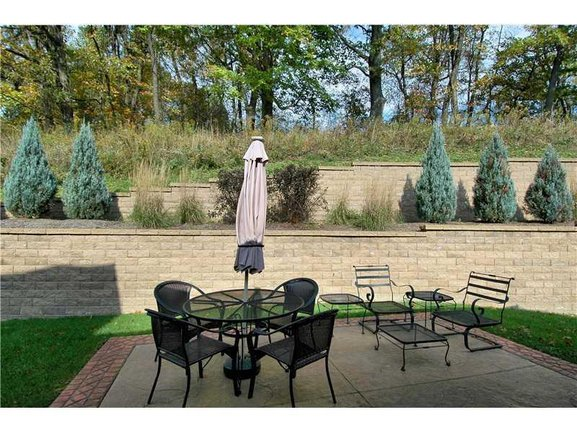 Enjoy relaxing and entertaining on your patio